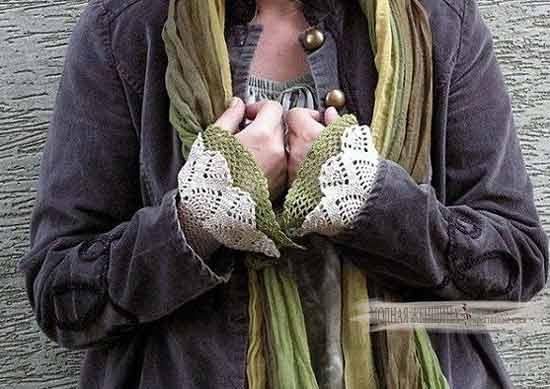 Переделка одежды. Удлиняем рукав с помощью вязанных крючком вставок из цветных нитей