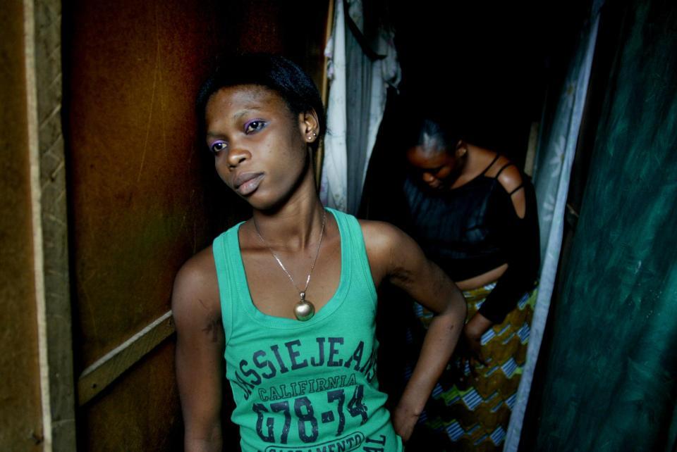 Проститутками заразила индивидуалки девочки тюмень