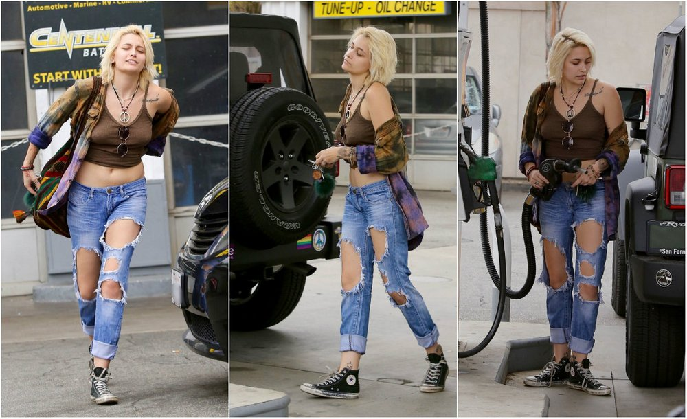 Paris Jackson at the gas station