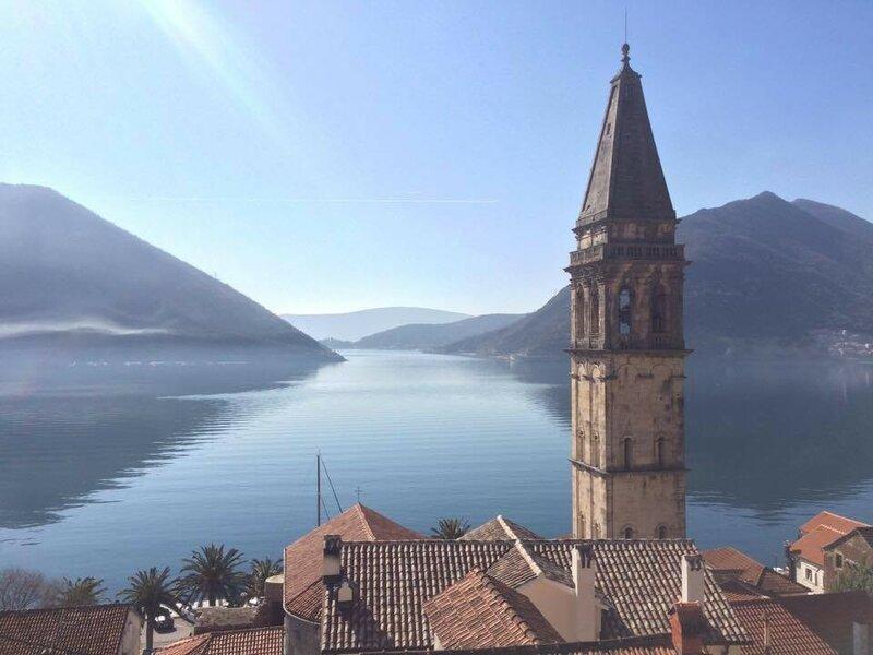 прогулка на яхте в Черногории