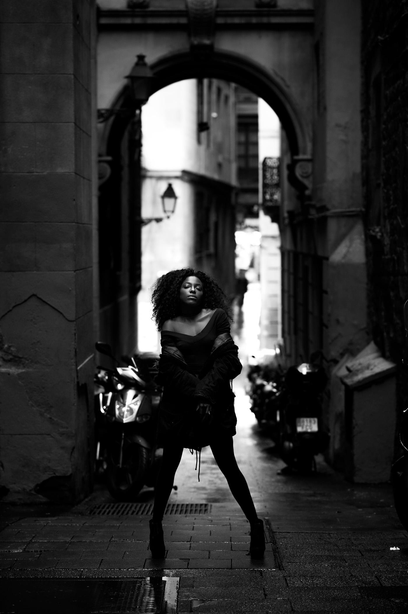 Моника в Барселоне / фото BRVJO