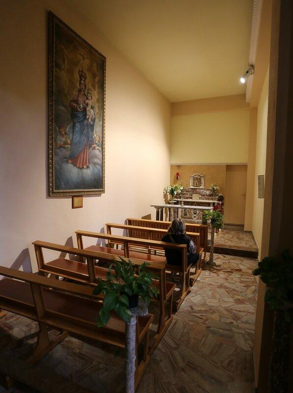 Джардини-Наксос. Церковь Санта-Мария-Раккомандата (Parrocchia Santa Maria Raccomandata)