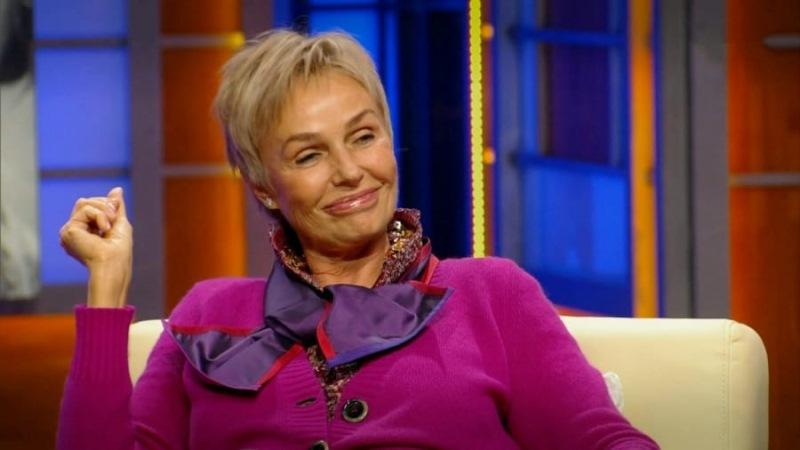 Елена Проклова Елена полюбилась зрителям благодаря роли Ларисы Ивановны в фильме «Мимино». За это он