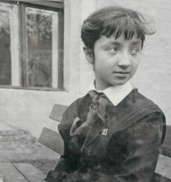 Советская художница-график, Надя оставила после себя около 12 тысяч рисунков. Точное количество подс