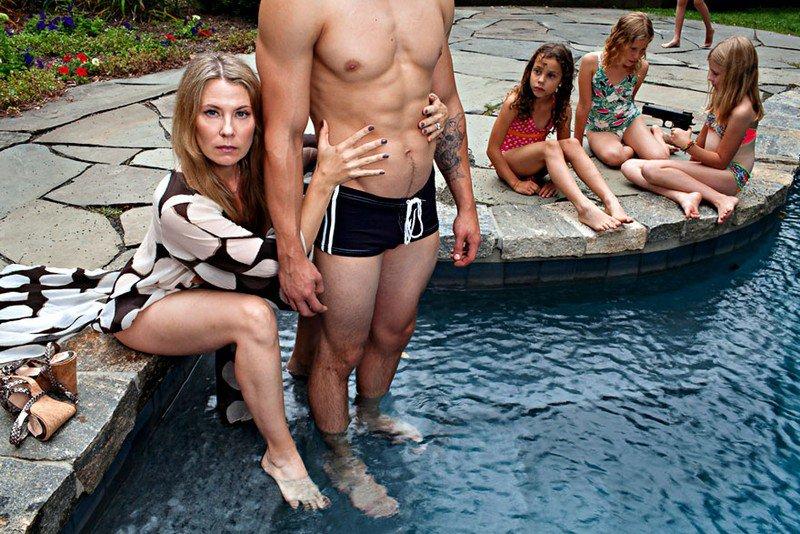 «Радости семейной жизни»: фотопроект об очень плохой матери (12 фото) 18+