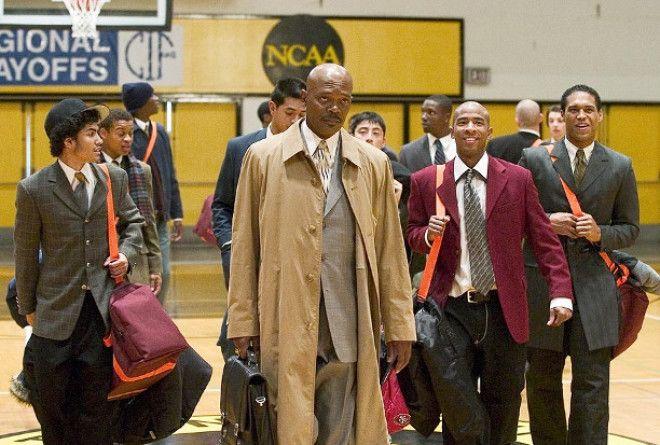 Тренер Картер (2005) Тренер успешной баскетбольной команды ввел странное правило. Он перестал выпуск