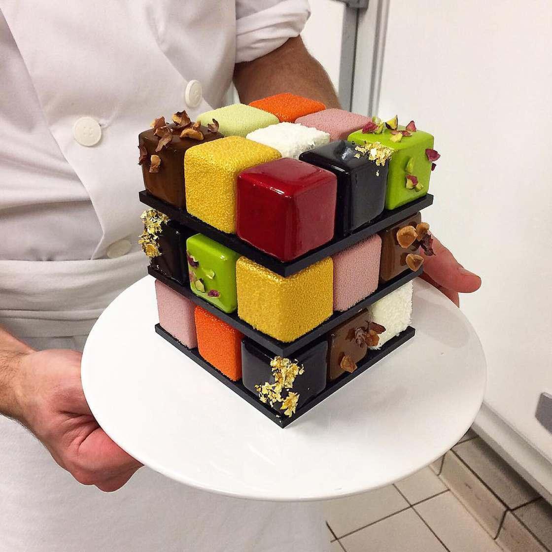 Rubik's Cake - Une appetissante patisserie geometrique !