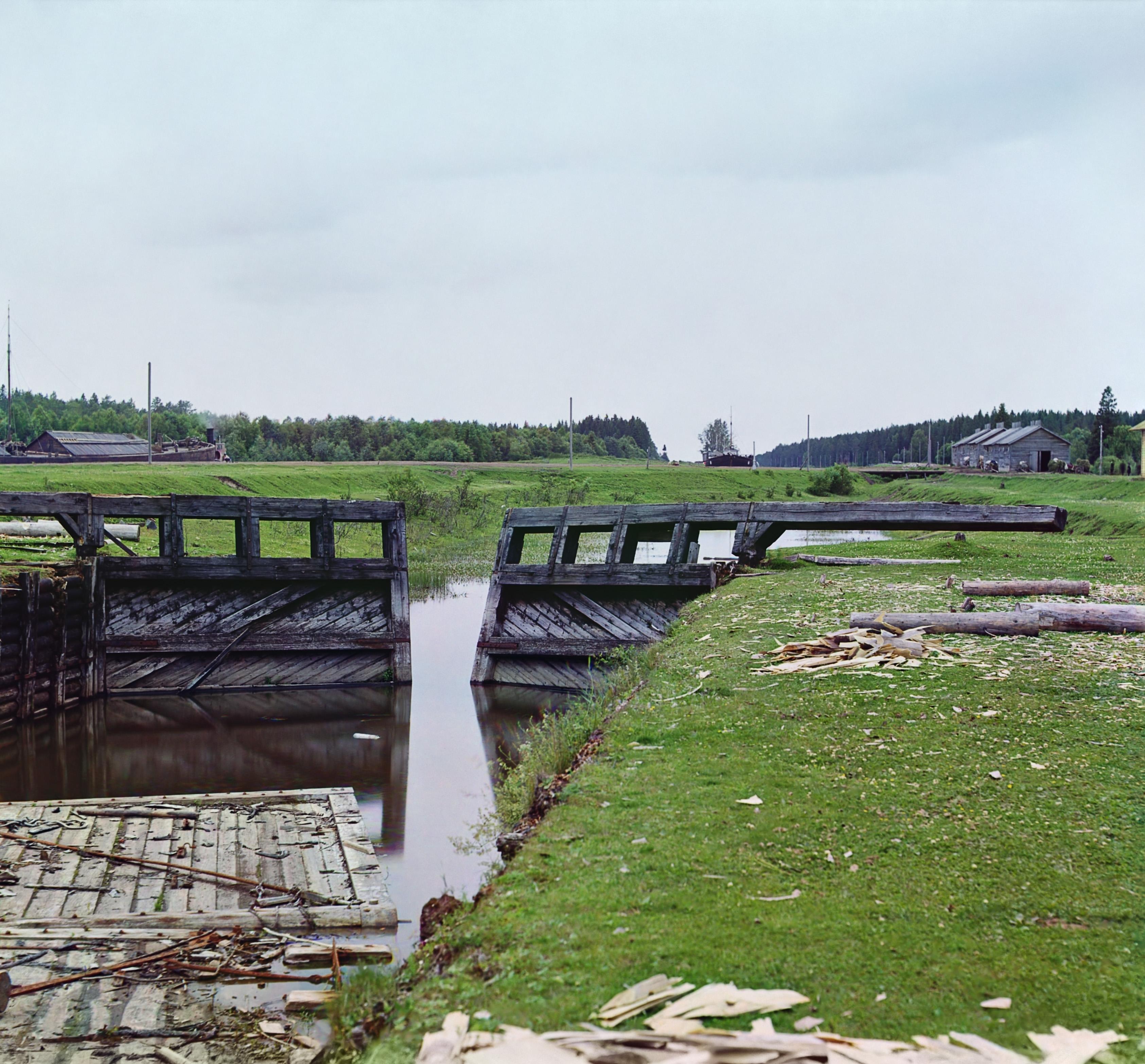 Тип старых шлюзовых ворот. Белозерский канал