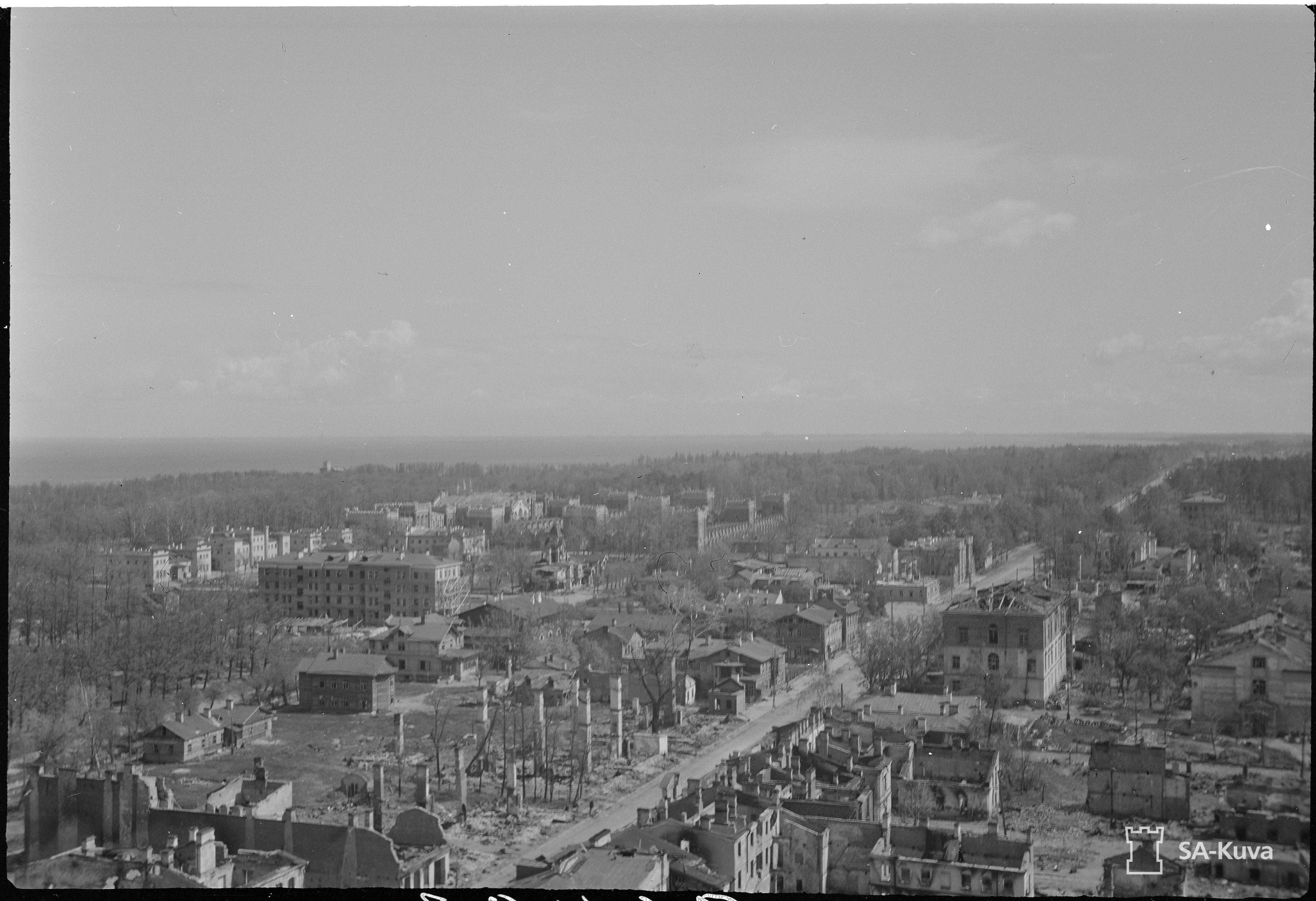 1943. Панорама Петергофа