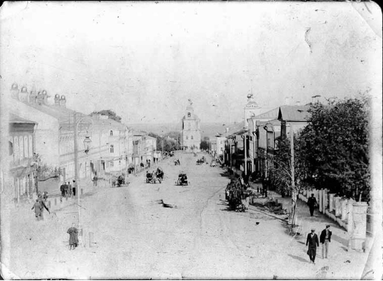 Большая Нижегородская улица. Вид средней части улицы с запада. 1909