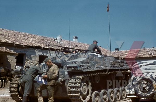 stock-photo-panzer-tank-stug-3-ausf-e-krim-crimea-kretsch-1942-22nd-panzer-division-sturmgeschutz-abteilung-197-11644.jpg