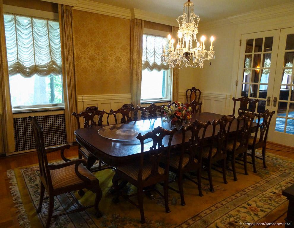 40. А это семейная комната. Здесь проводили время, когда не хотели находится в большом зале. На