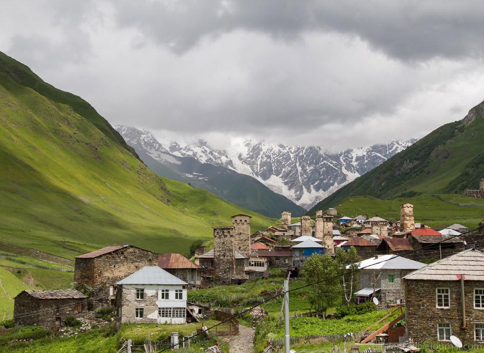 35. Из Сванетии мы проехали в Кутаиси через горную дорогу: