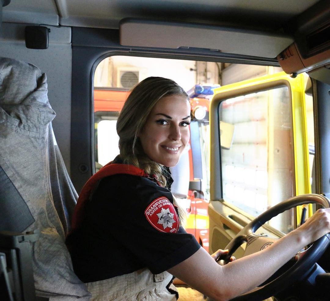 Персона в Instagram: Гунн Нартен, «самая красивая женщина-пожарный» (10 фото)