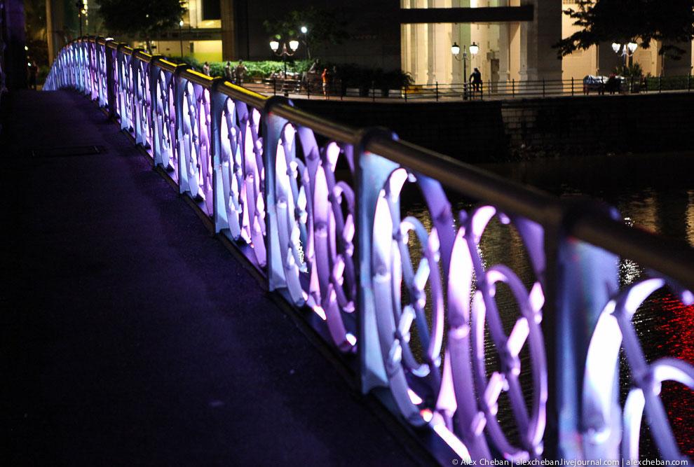 Отель Marina Bay Sand и сингапурское колесо обозрения Flyer: