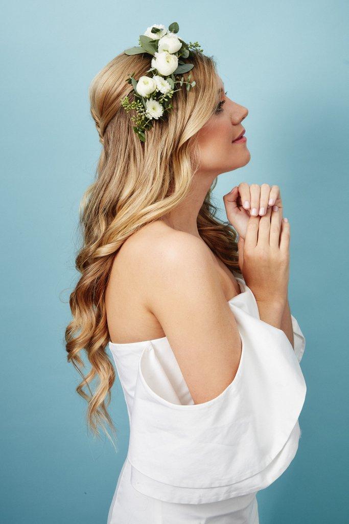 свадебные-прически-с-цветами24.jpg