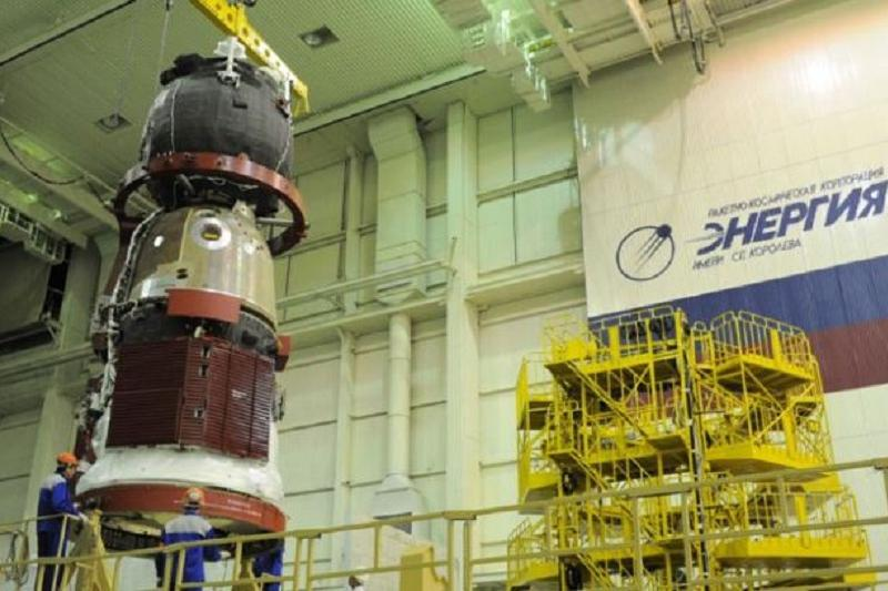 СМИ уведомили осокращении русского экипажа МКС до2018-ого
