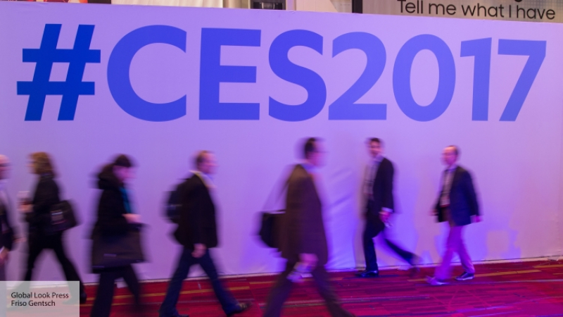 Свыставки CES похищен прототип инновационной версии ноутбука, владеющего тремя экранами