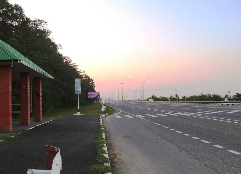 На дороге в центр Краснодара, вечер ...SDC13047.JPG