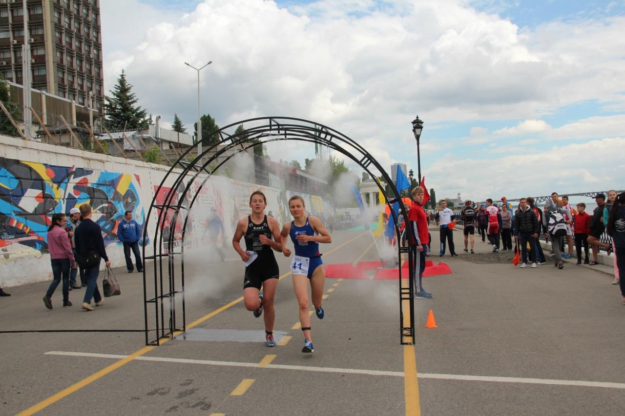Первенство России по триатлону среди юношей и девушек