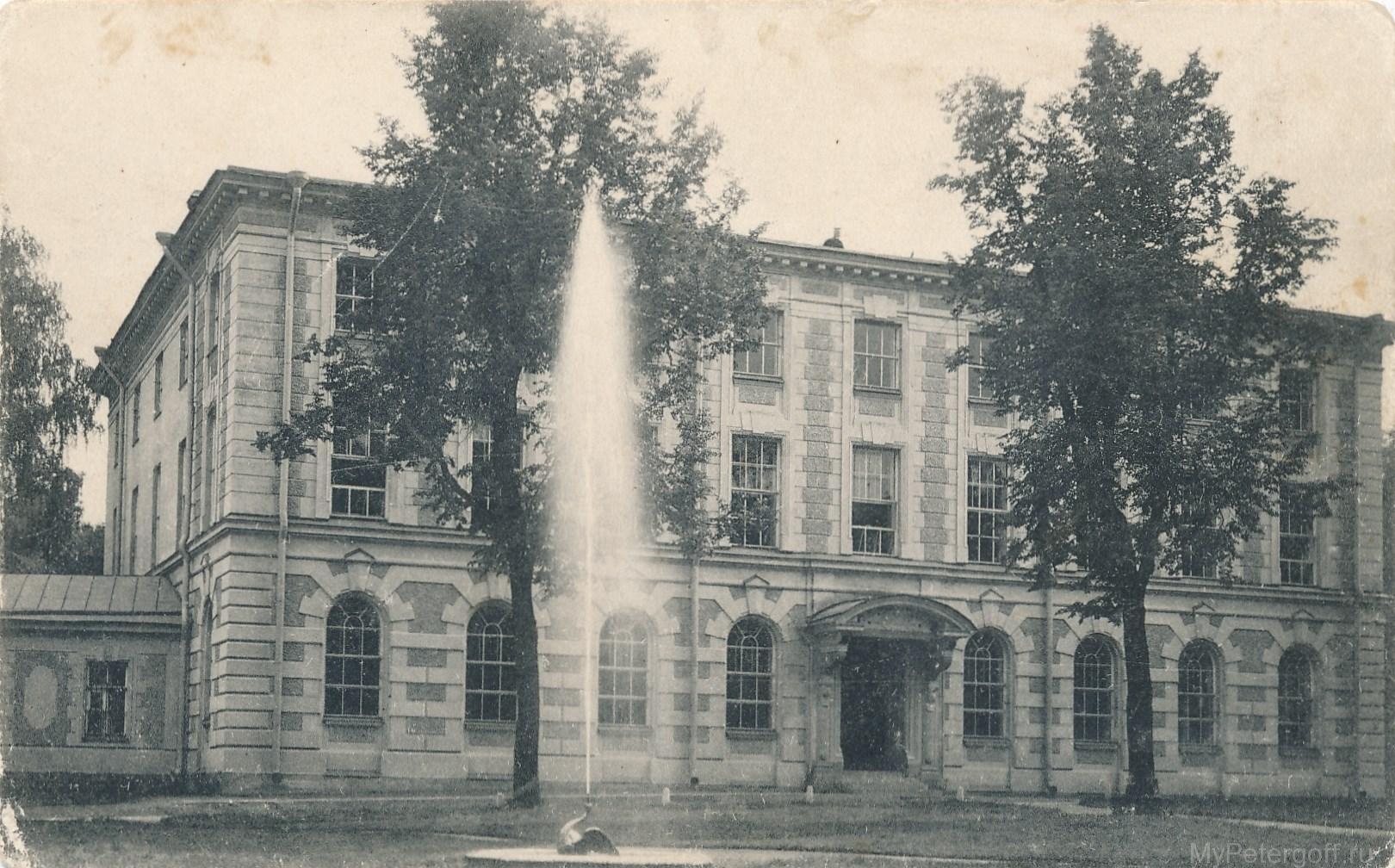 Гранильная Императорская фабрика. Главный фасад