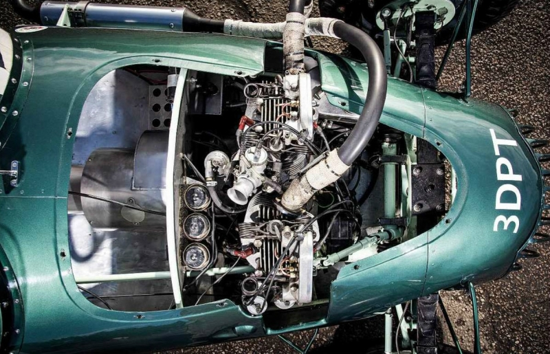1952-Tojeiro-Jap-04.jpg