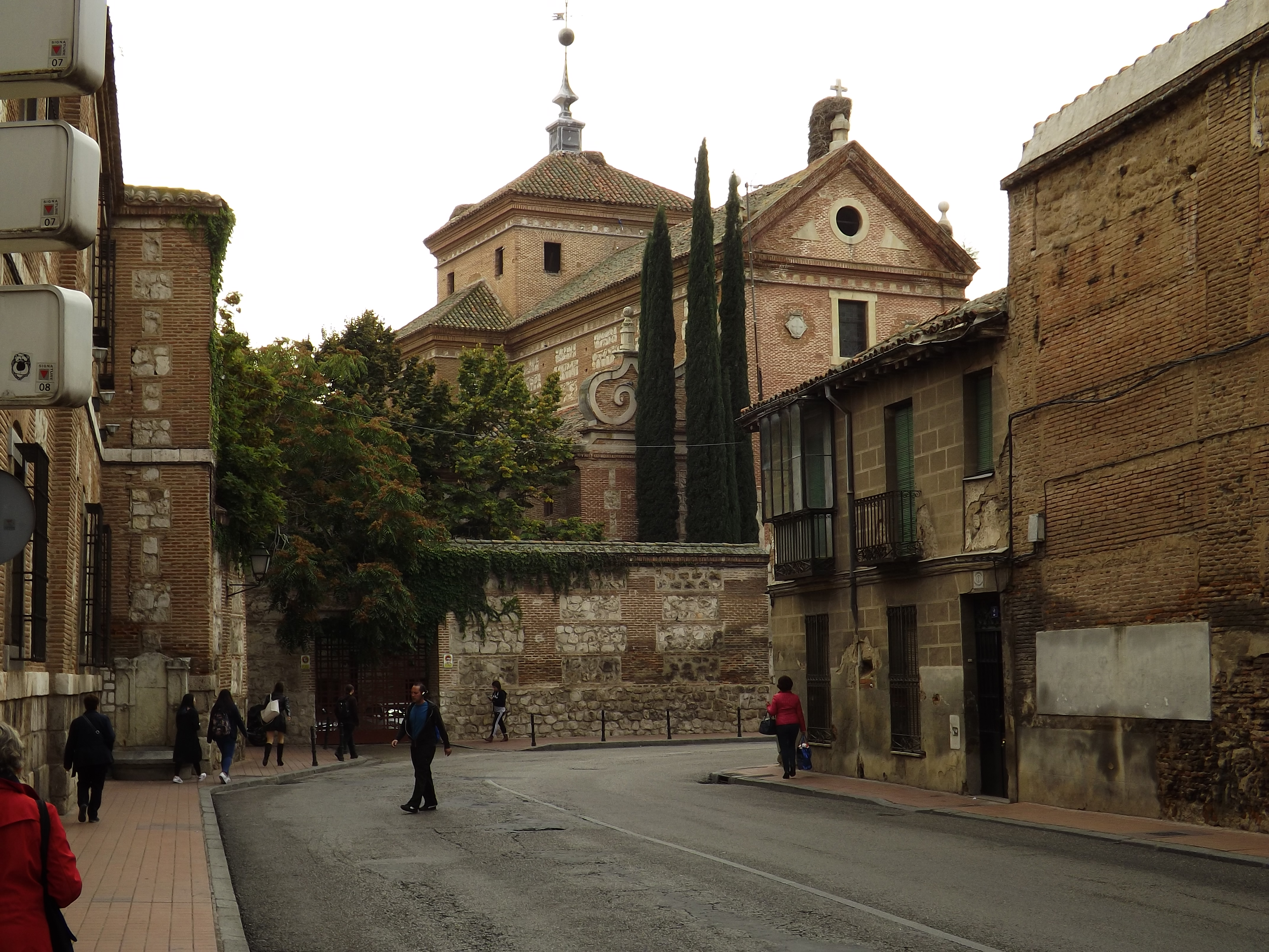 Мадрид и около 2016, Наобум