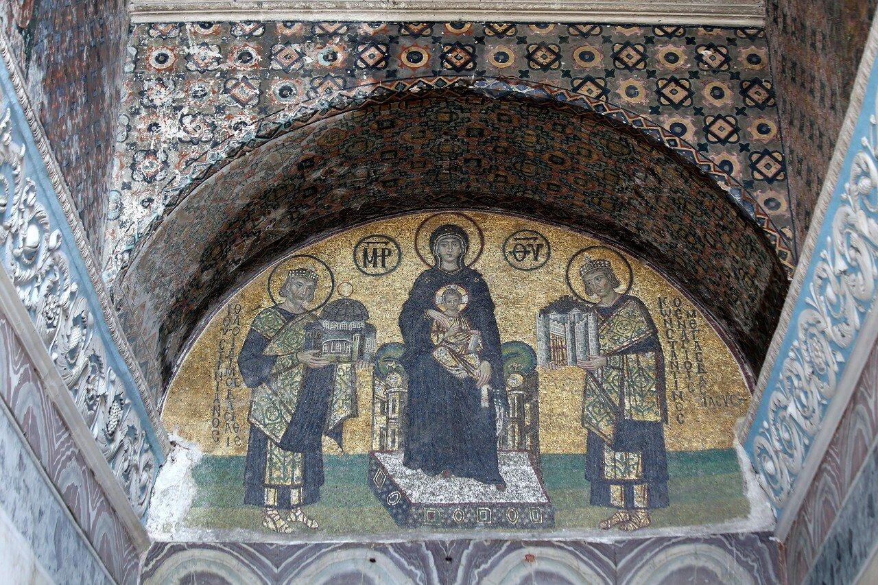 Istanbul. Hagia Sophia (Ayasofya Camii). Narthex