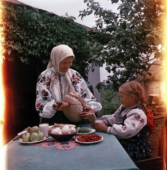 Завтрак в украинском селе.