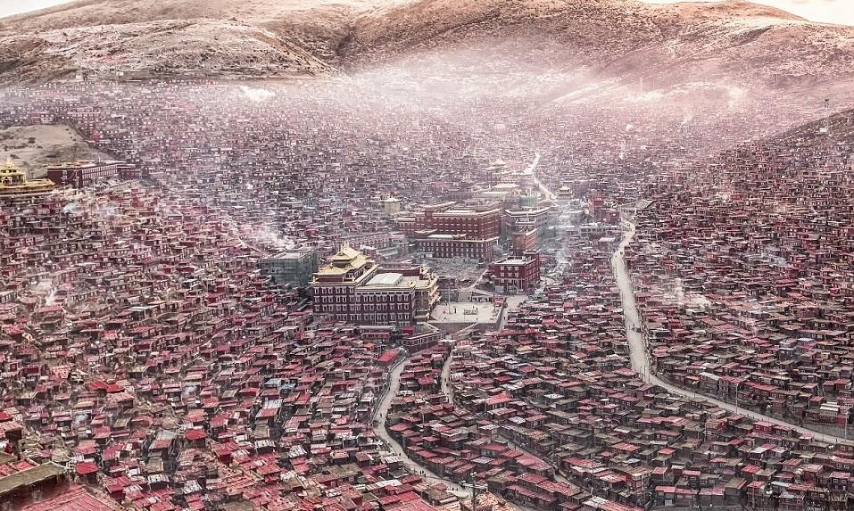 Ларунг Гар – крупнейшая буддийская академия в мире (8 фото)