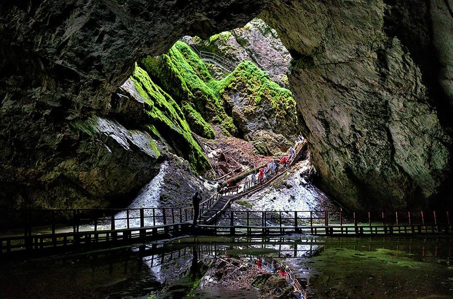 28. Пещера Скэришоара. (Фото: Сокачиу Марсель)