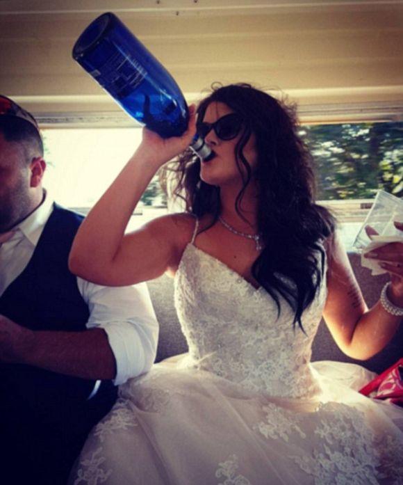 Свадебные фото невест, которым нет места в семейном альбоме (12 фото)