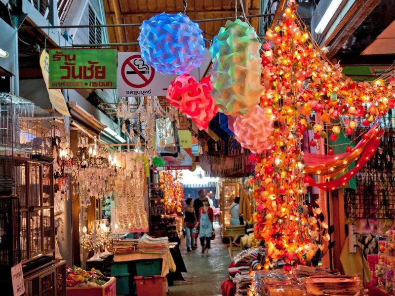Ле Пус де Сент-Уан (Франция) Крупнейший блошиный рынок в Европе идеально подходит для истинн