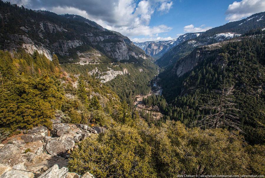 5. Национальный парк Йосемити расположен в центральной части хребта Сьерра-Невада в американском шта