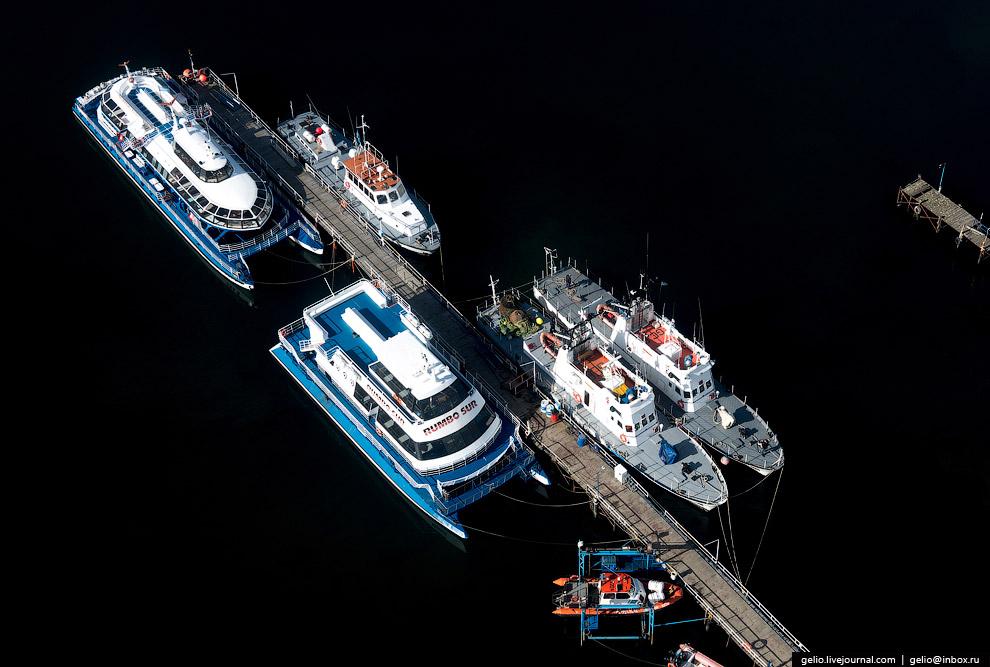 5. Облюбовали Ушуаю и владельцы частных яхт. Нередко, делая крюк по пути к Антарктиде, сюда зах