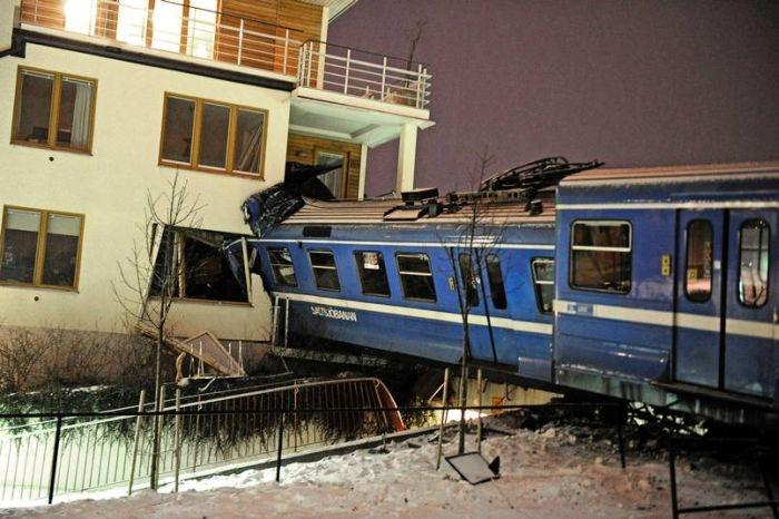 20-летняя уборщица угнала поезд из ДЕПО