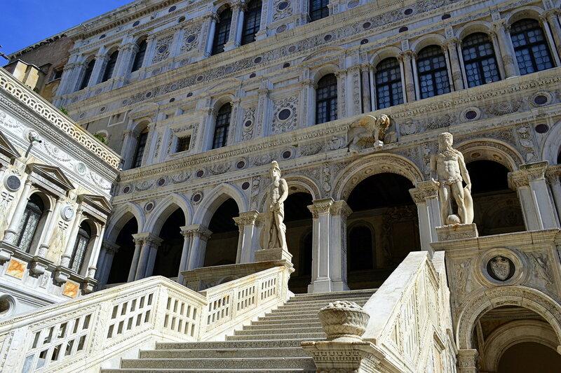 Лестница Гигантов во дворце Дожей