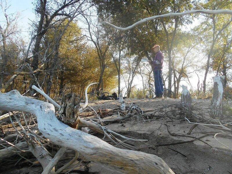 В походе, средь деревьев диких ... DSCN9539.JPG