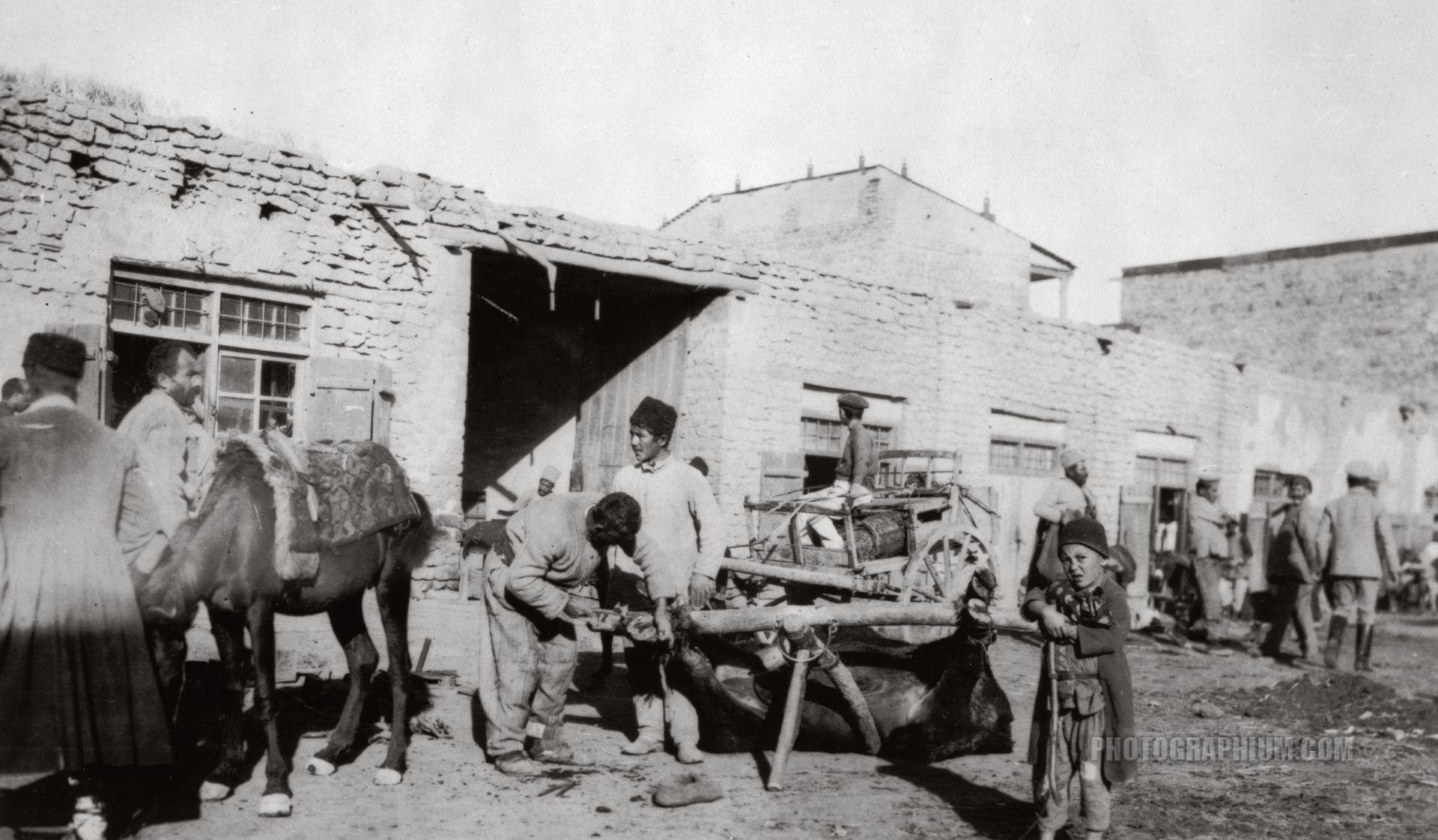 Съестные ряды базара Гантар
