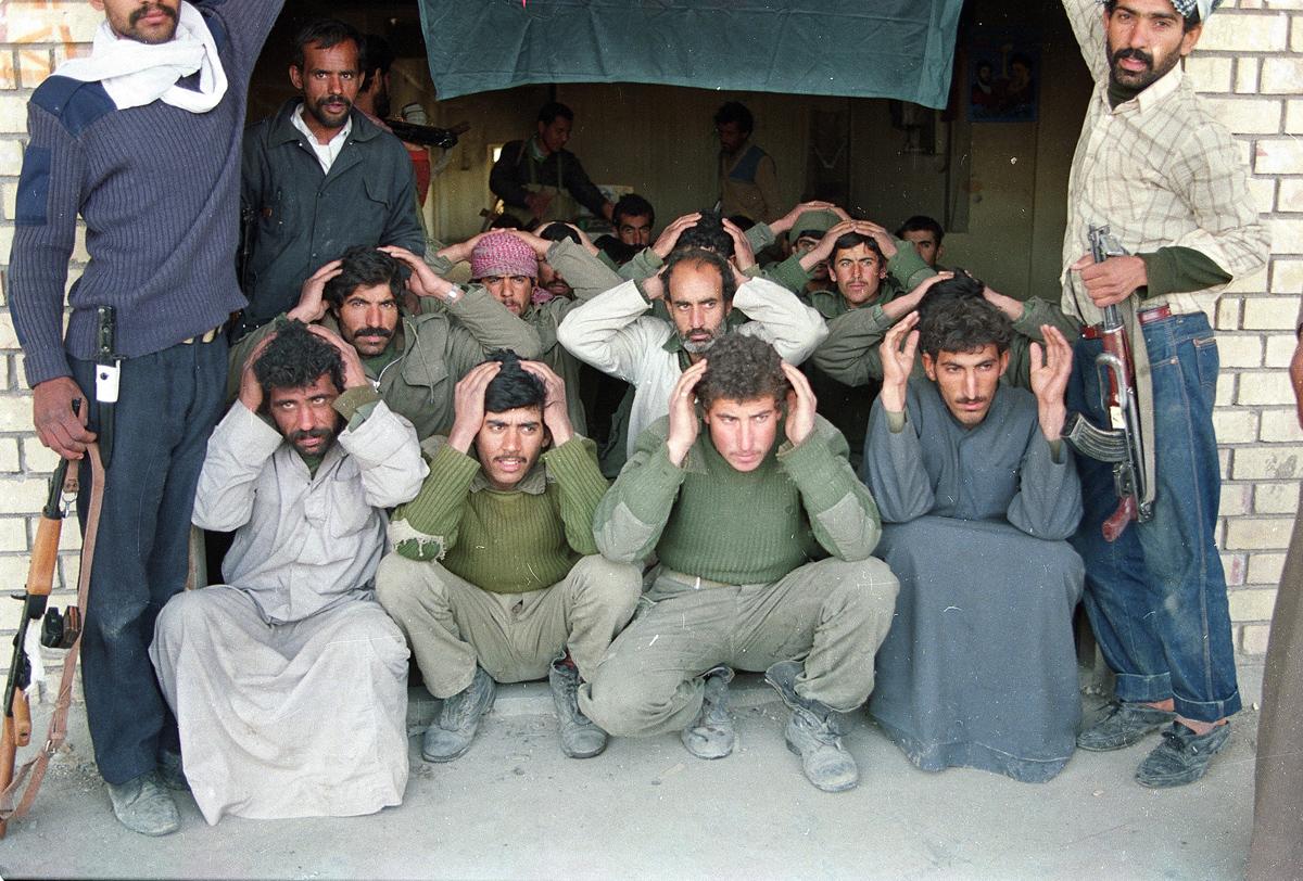 GULF WAR IRAQI PRISONERS