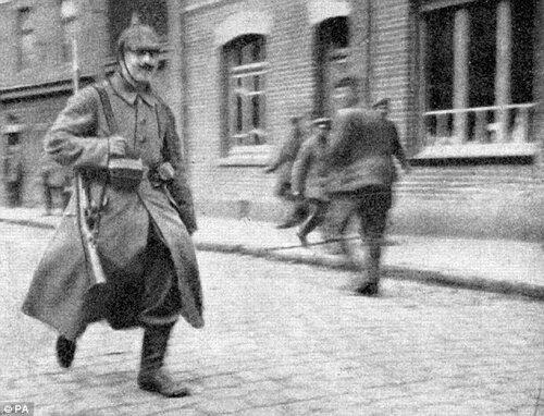 an analysis of adolf hitlers leadership during the war Adolf hitler leadership adolf hitler: a leadership analysis essay dictatorships of the 1940`s adolf hitler was the ruler of germany during world war 2.