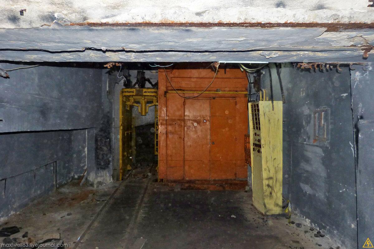 Заброшки Експоцентру України (частина 1): Макет шахти