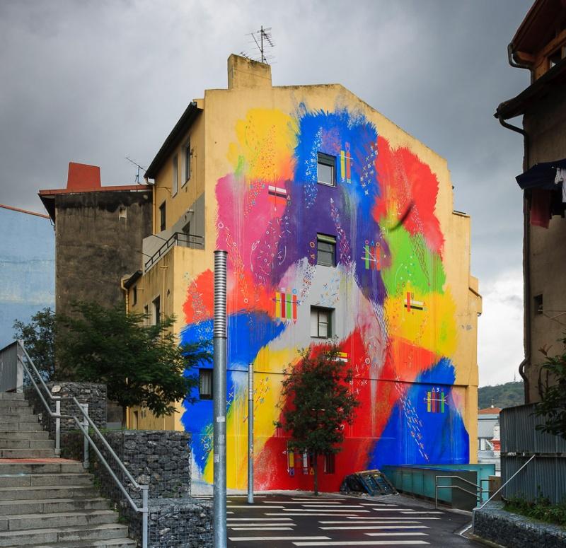 Стрит-арт, рожденный ярким вкусом Риохи (15 фото)