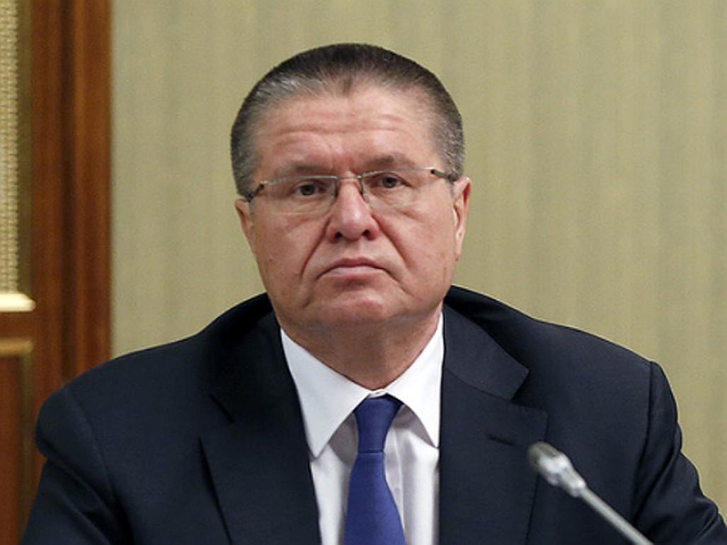 Улюкаев соорудил линию защиты вделе опопытке получения взятки