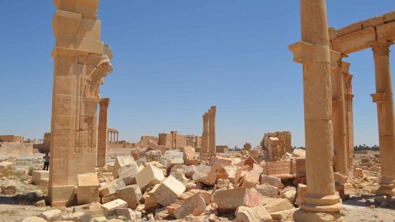 Минобороны опубликовало видеодоказательства уничтоженияИГ монументов Пальмиры