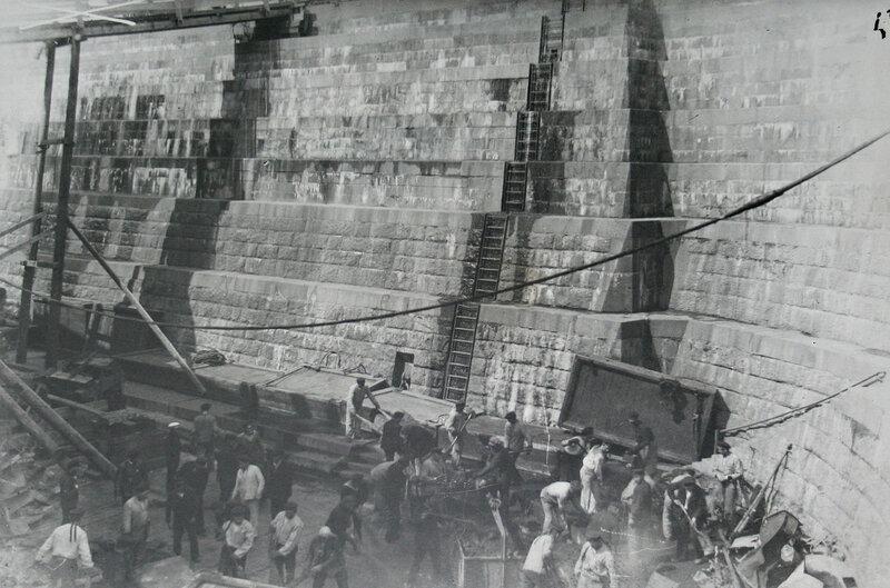 Работы по ремонту дока. Кронштадт. 1923 г.