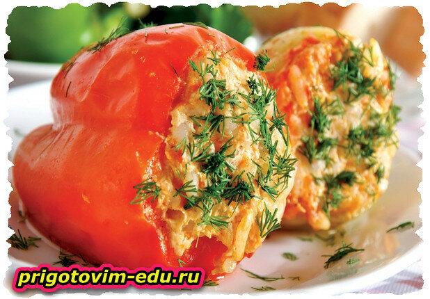 Болгарский перец фаршированный брокколи и цветной капустой