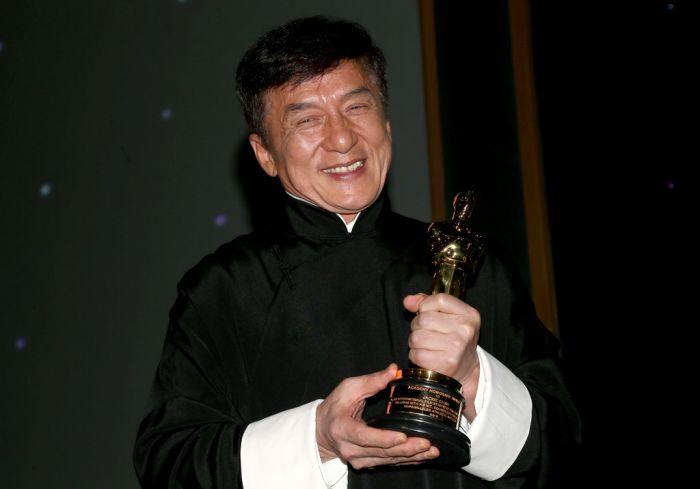 Джеки Чану вручили почётный Оскар
