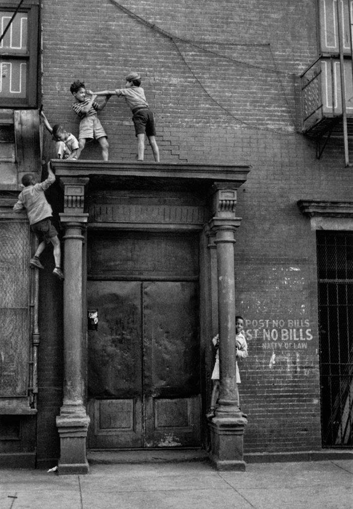 historical-children-playing-photography-9-589dbee181dfc__700.jpg