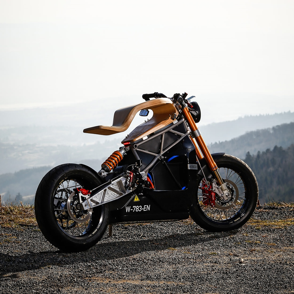 Essence Motocycles: электроцикл E-Raw